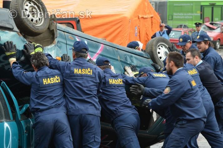 Majstrovstva Slovenskej republiky vo vyslobodzovani zranenych osob z havarovanych vozidiel foto_05
