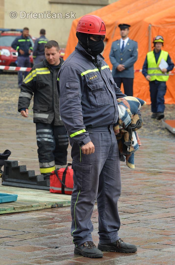 Majstrovstva Slovenskej republiky vo vyslobodzovani zranenych osob z havarovanych vozidiel foto_06
