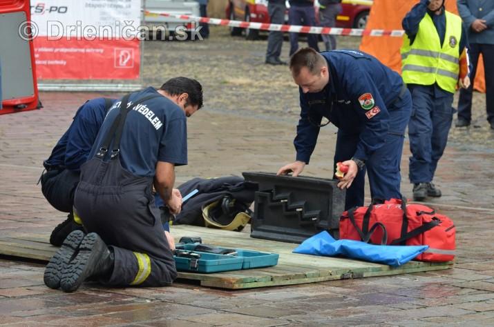 Majstrovstva Slovenskej republiky vo vyslobodzovani zranenych osob z havarovanych vozidiel foto_07