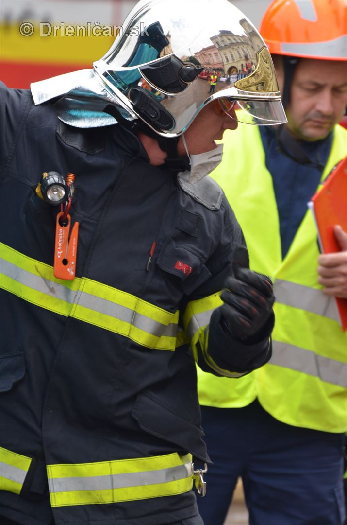 Majstrovstva Slovenskej republiky vo vyslobodzovani zranenych osob z havarovanych vozidiel foto_18