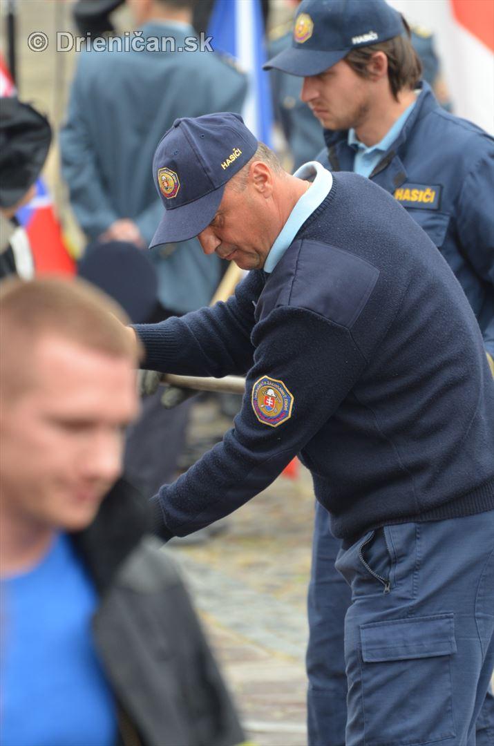 Majstrovstva Slovenskej republiky vo vyslobodzovani zranenych osob z havarovanych vozidiel foto_26