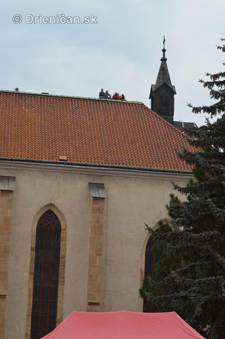 Majstrovstva Slovenskej republiky vo vyslobodzovani zranenych osob z havarovanych vozidiel foto_34