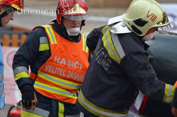 Majstrovstva Slovenskej republiky vo vyslobodzovani zranenych osob z havarovanych vozidiel foto_38