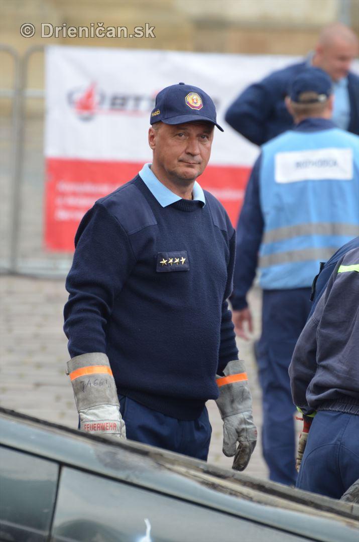 Majstrovstva Slovenskej republiky vo vyslobodzovani zranenych osob z havarovanych vozidiel foto_47