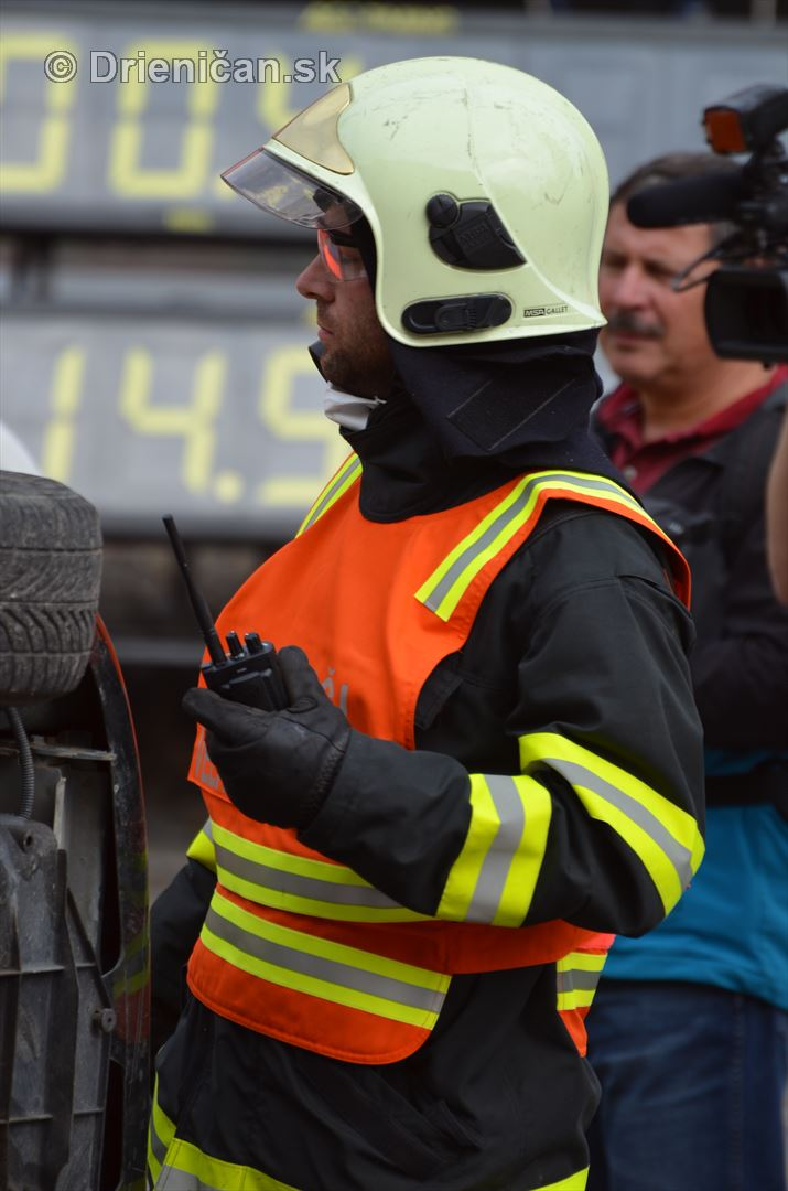 Majstrovstva Slovenskej republiky vo vyslobodzovani zranenych osob z havarovanych vozidiel foto_50