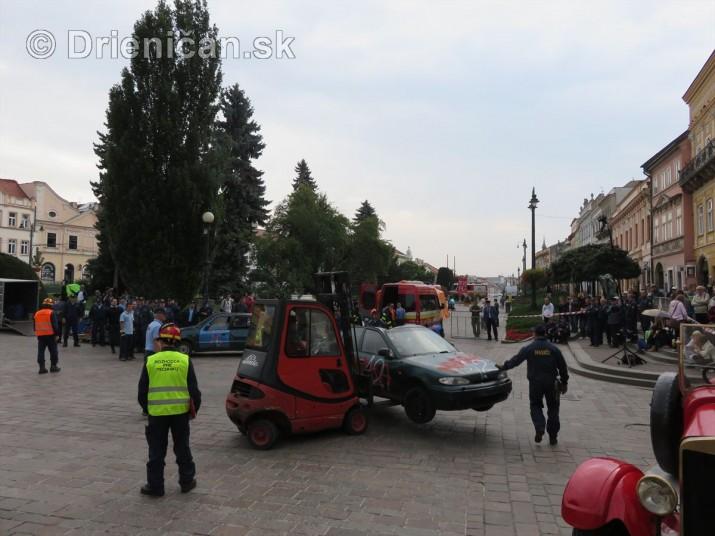 Majstrovstva Slovenskej republiky vo vyslobodzovani zranenych osob z havarovanych vozidiel foto_52