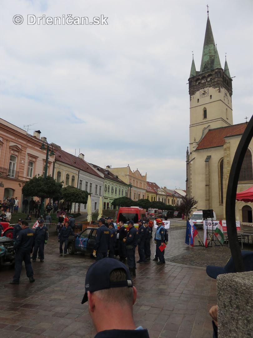 Majstrovstva Slovenskej republiky vo vyslobodzovani zranenych osob z havarovanych vozidiel foto_55