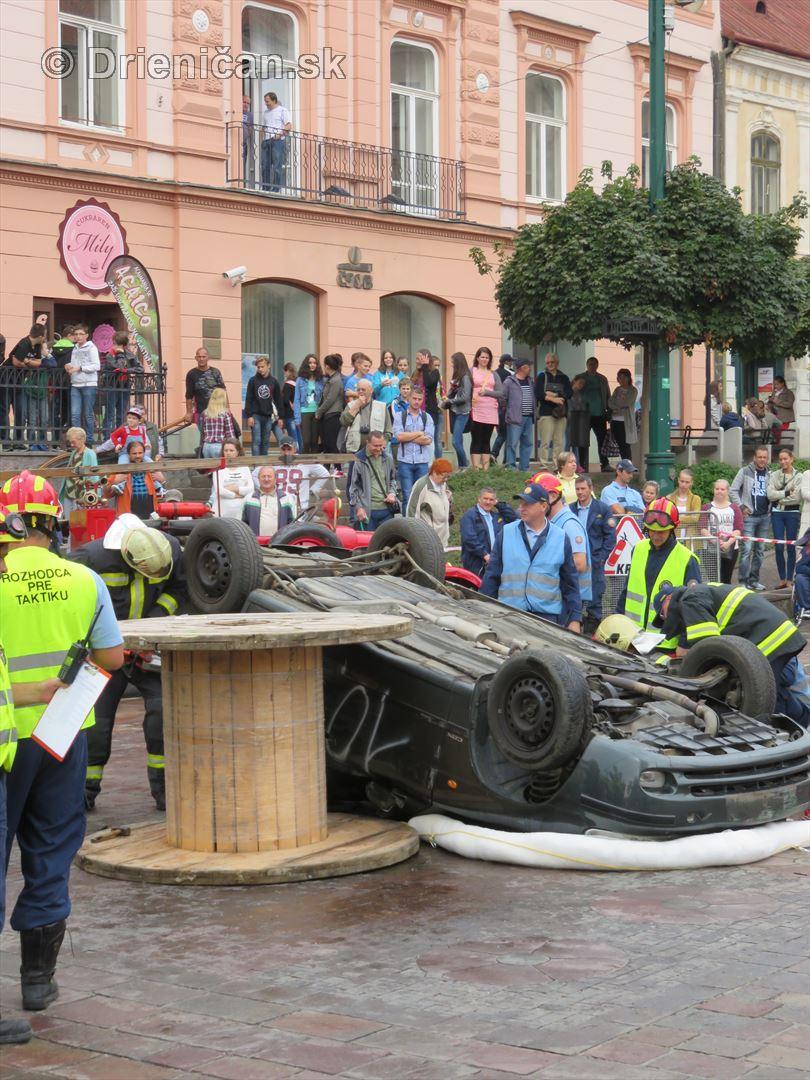 Majstrovstva Slovenskej republiky vo vyslobodzovani zranenych osob z havarovanych vozidiel foto_56