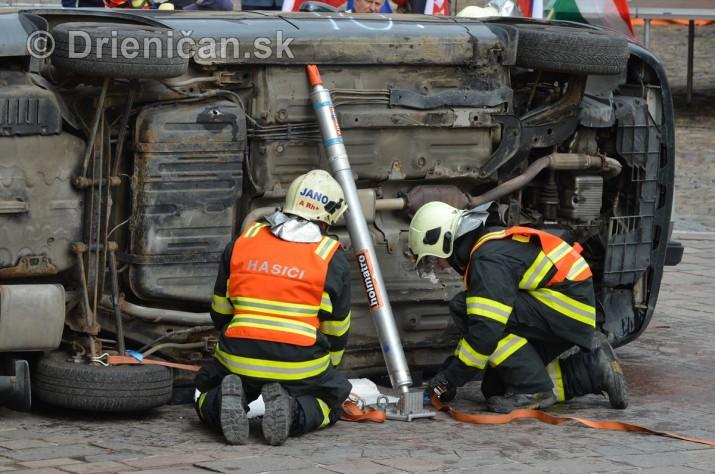 Majstrovstva Slovenskej republiky vo vyslobodzovani zranenych osob z havarovanych vozidiel foto_59