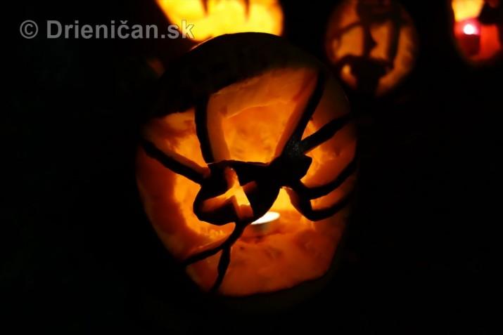 Halloweenske pohlady_13