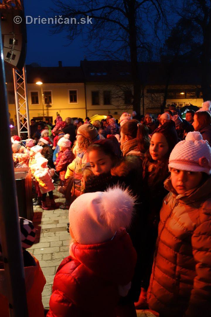 mikulas slavnost rozsvietenie jedlicky sabinov_16