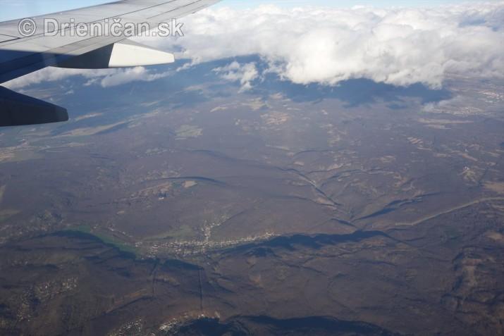 10 000 metrov nad zemou_02
