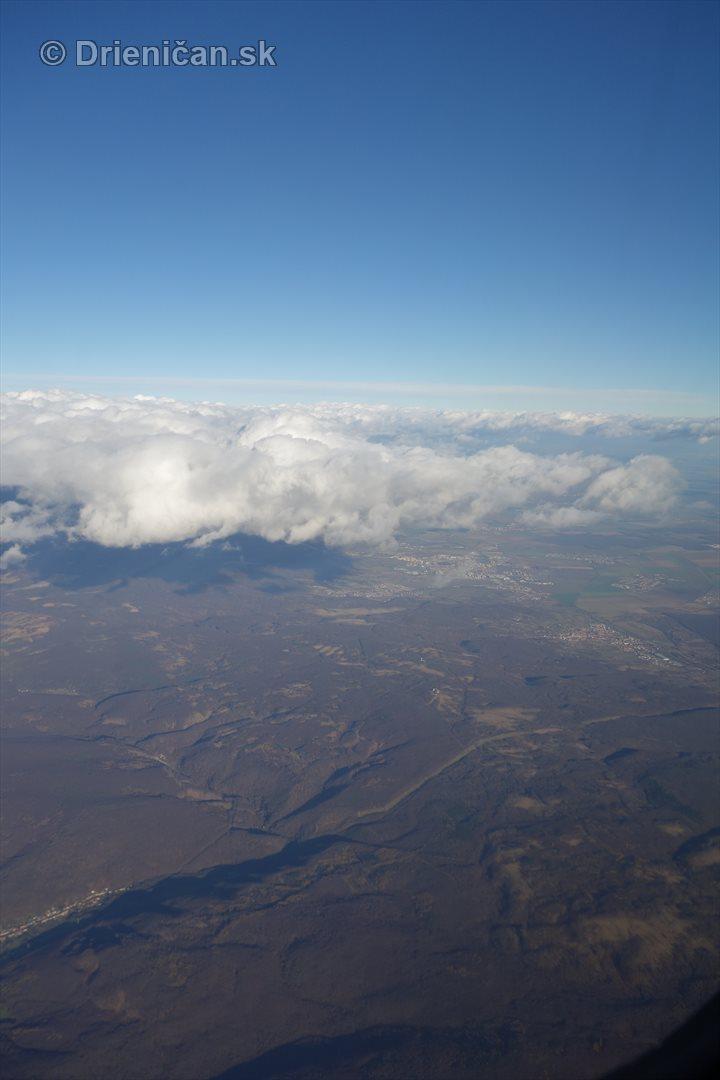 10 000 metrov nad zemou_03