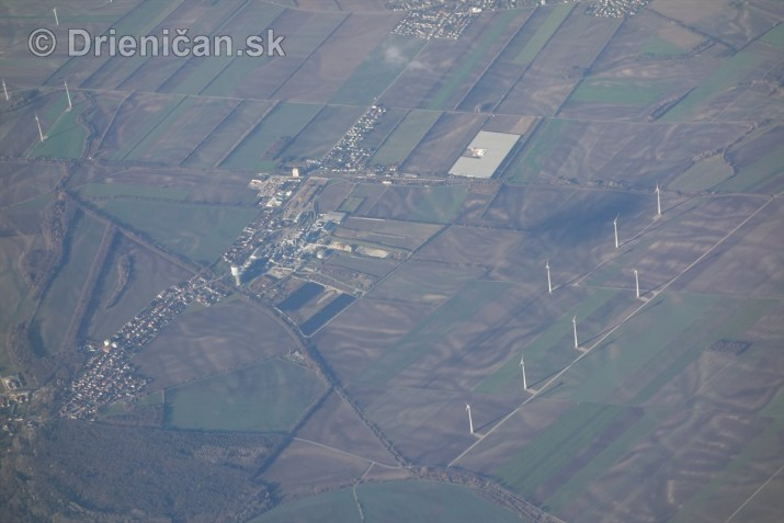 10 000 metrov nad zemou_12