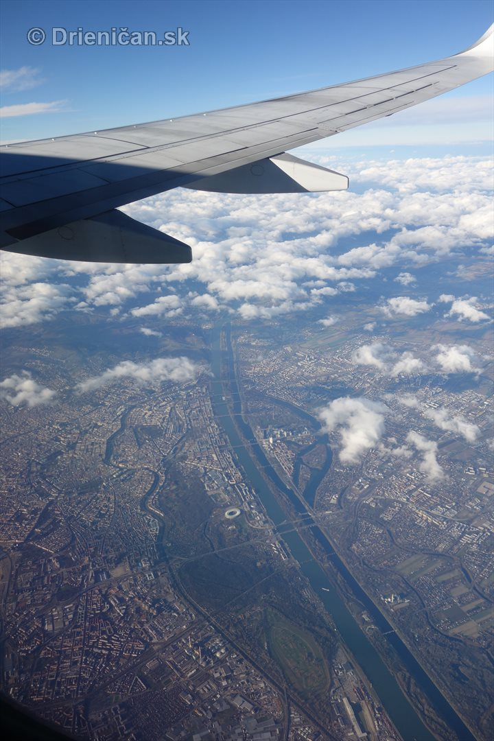 10 000 metrov nad zemou_15