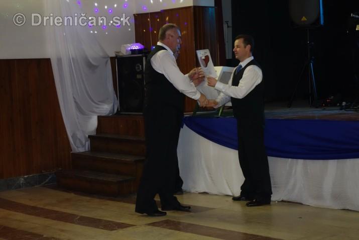 foto 13 ples obce drienica_17