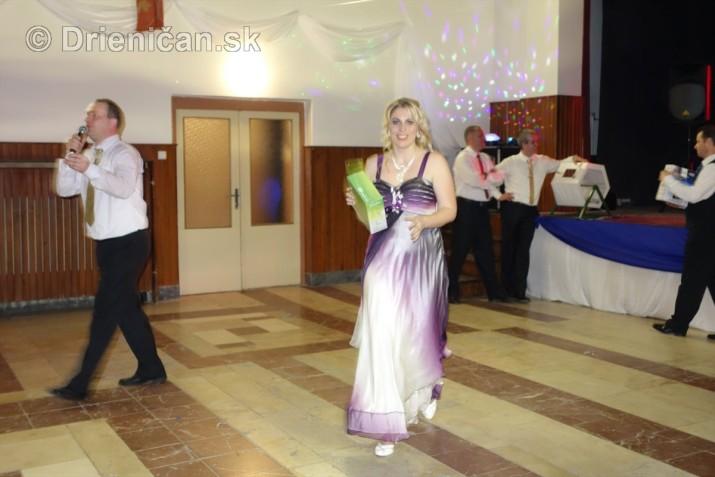 foto 13 ples obce drienica_23