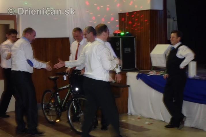foto 13 ples obce drienica_41
