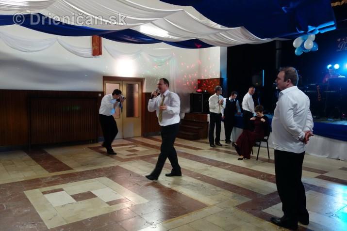 foto 13 ples obce drienica_48