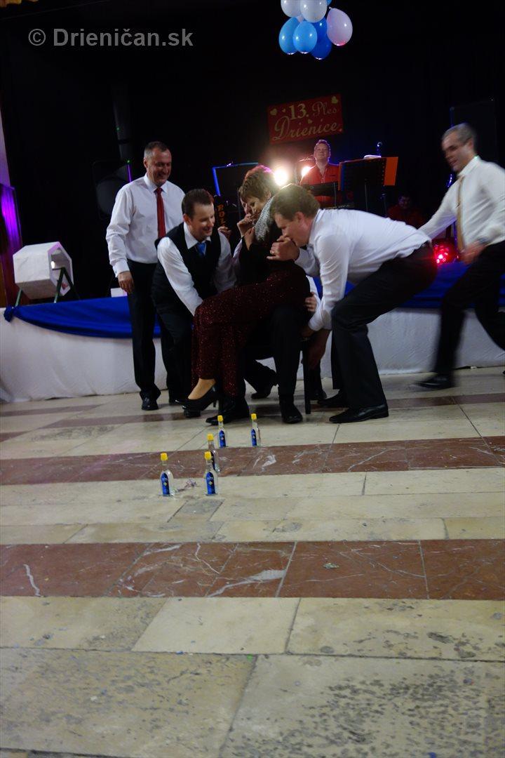 foto 13 ples obce drienica_54