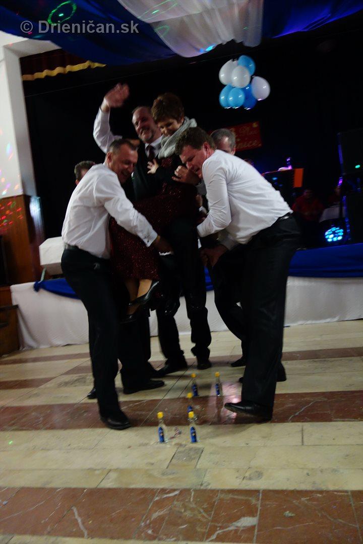 foto 13 ples obce drienica_55