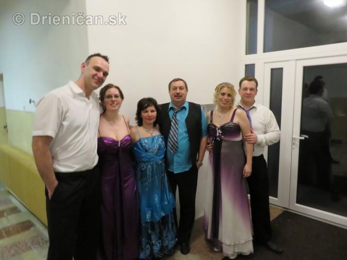 foto 13 ples obce drienica_57