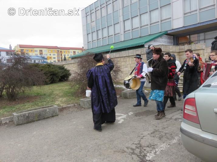 pochovavanie basy sabinov_03