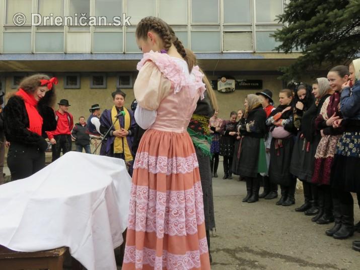 pochovavanie basy sabinov_36