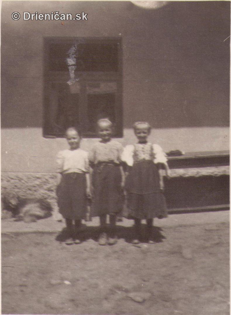 Tri dievčatá u Vantucha