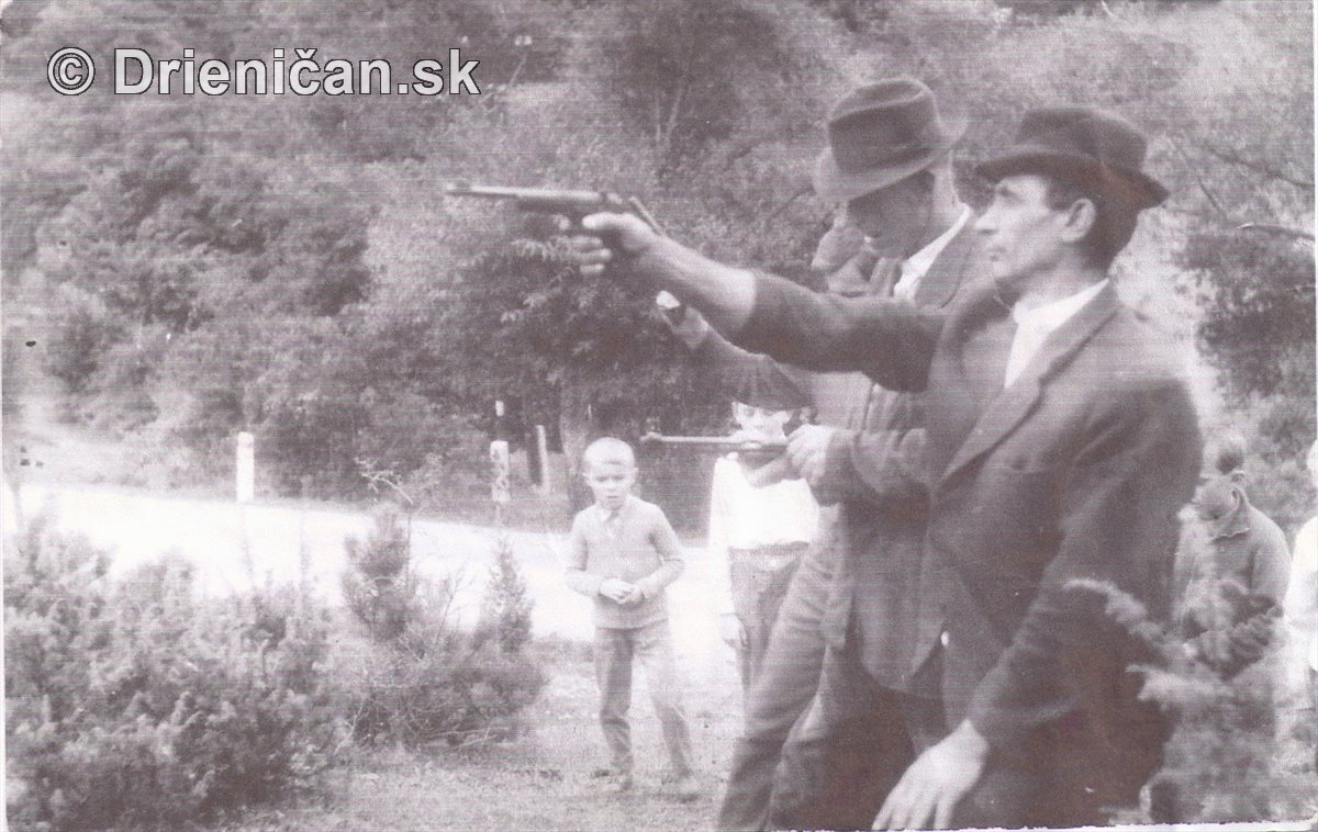 Na strelnici v Gackoch...