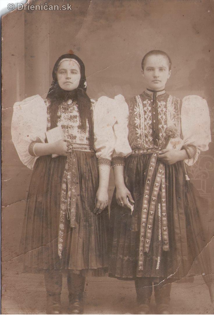 Sestry, fotografia poslaná do Ameriky, pridala p.Kravcová