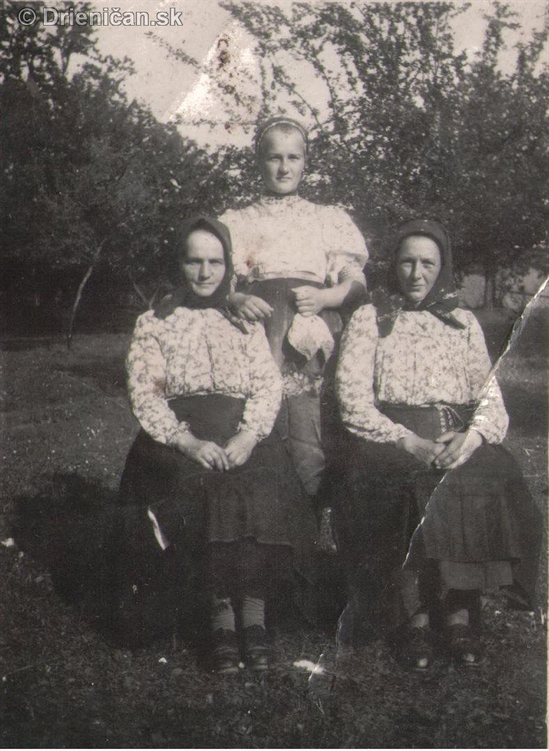 Tri ženy v sade, pridala p.Kravcová
