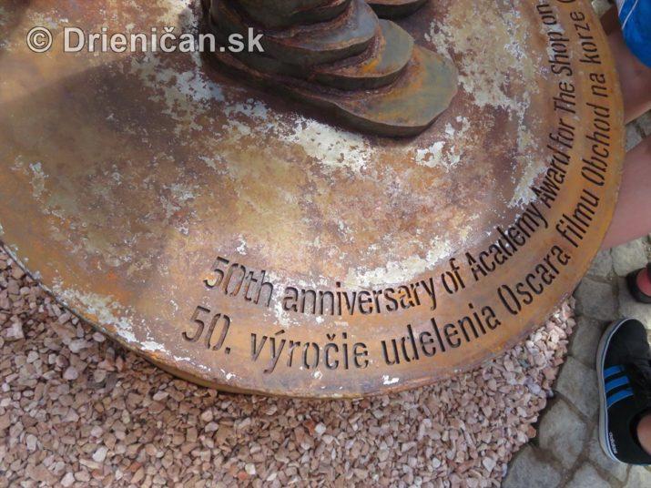 oscar sabinov socha foto_09