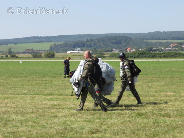 foto medzinarodne letecke dni sliac_19