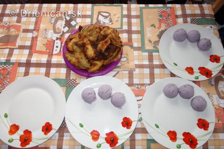 fialove-zemiaky-a-vyprazne-hriby_11