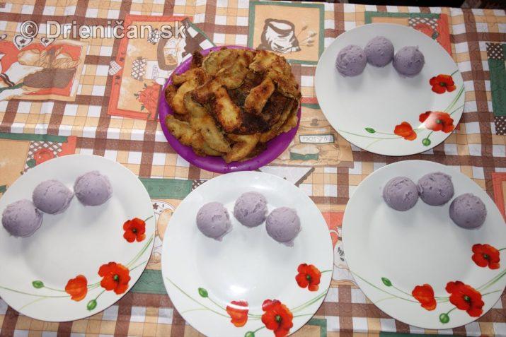 fialove-zemiaky-a-vyprazne-hriby_13