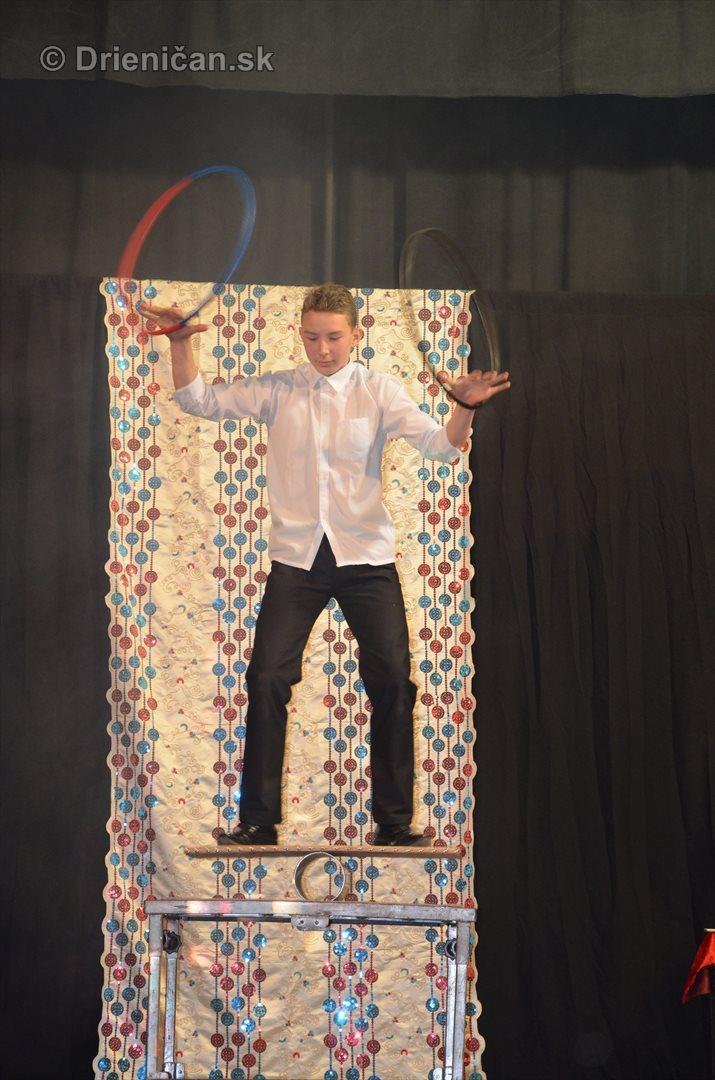 cirkus-reymondo-drienica_08