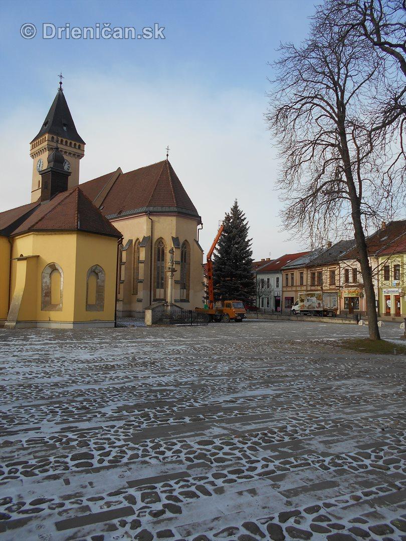 sabinov-ma-uz-prichystane-vianocne-osvetlenie_02