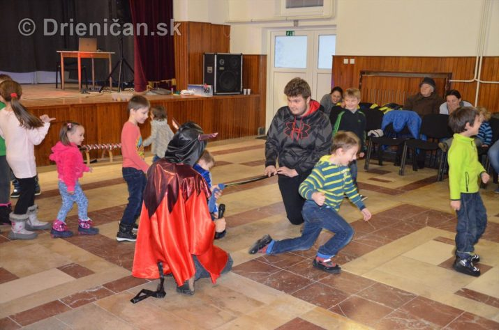 mikulas-cert-drienica-kulturny-dom_43
