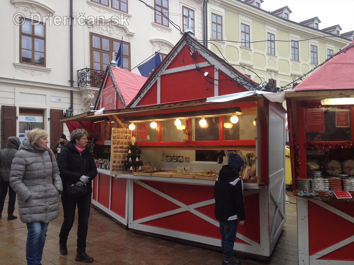 Vianočné trhy v Bratislave 2016