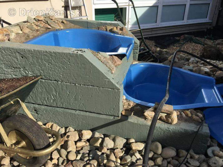 Na stavbu sa dajú použiť rôzne materiály...