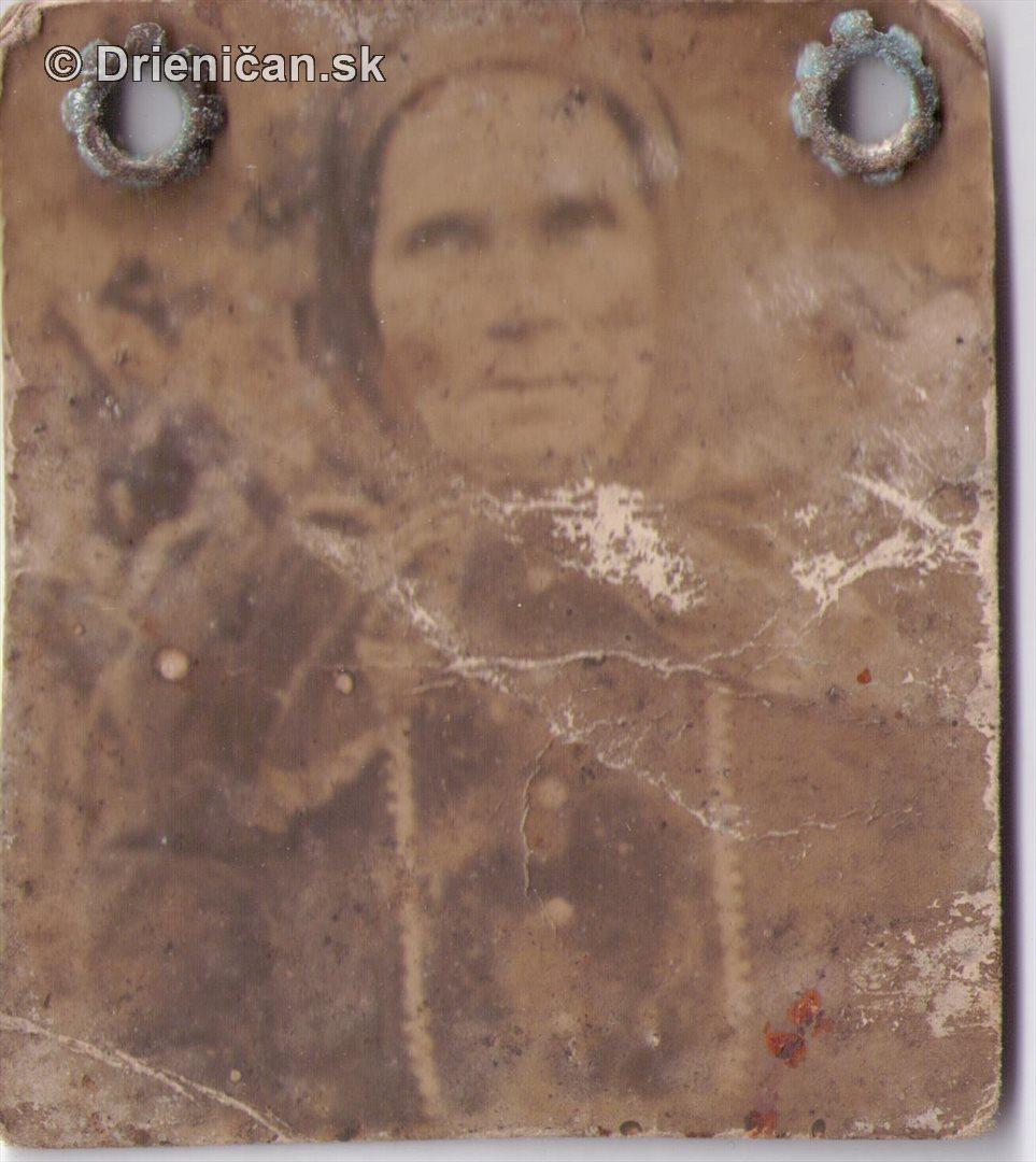 Veľmi stará fotografia babky