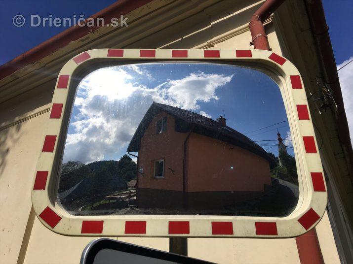 Parabolické zrkadlo na školskej zóne