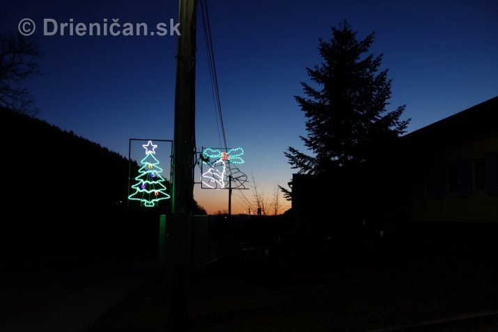 Rozsvietenie Vianočného stromčeka v Drienici
