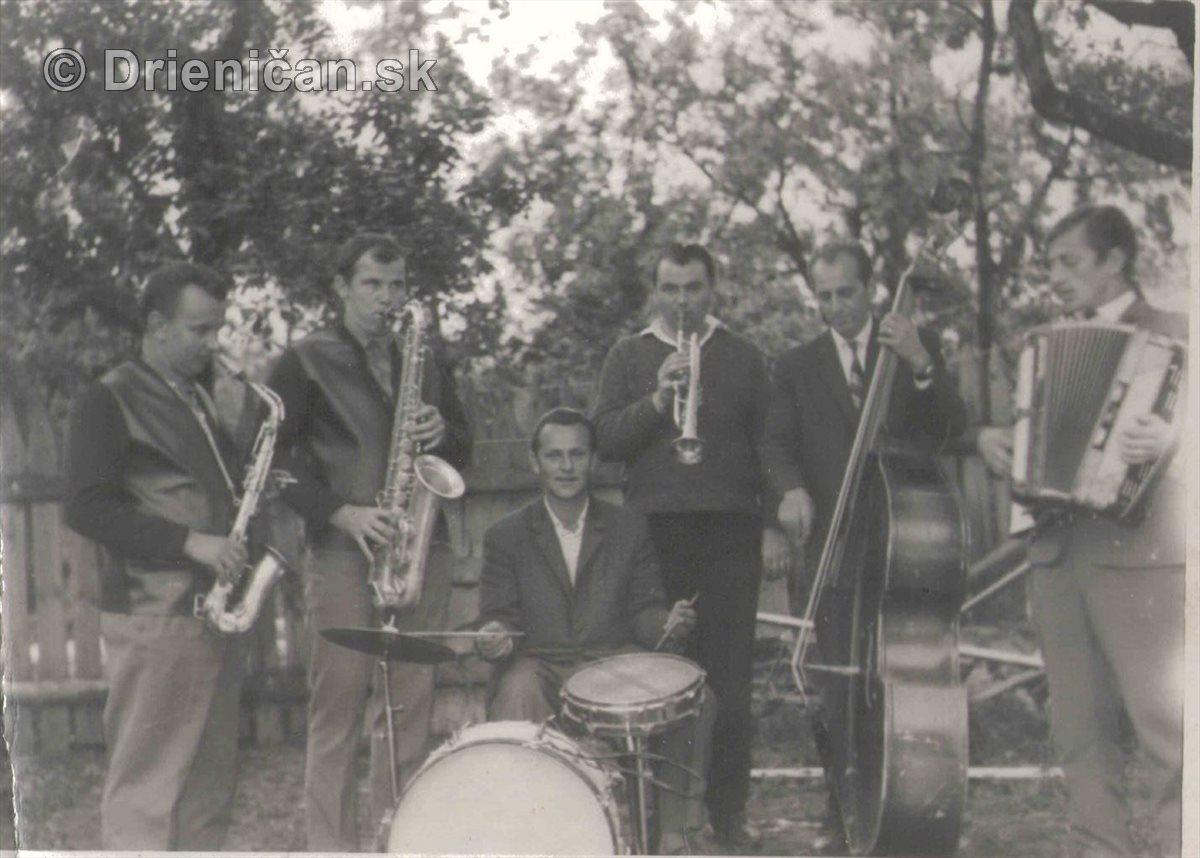 Datovania Jazz hudobník
