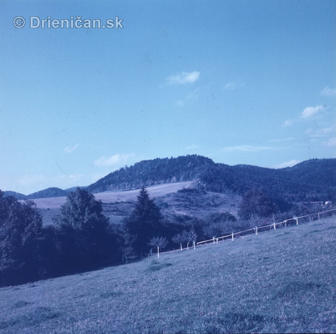 Pohľad na Gacky a Kamennú v rekreačnej oblasti Drienica