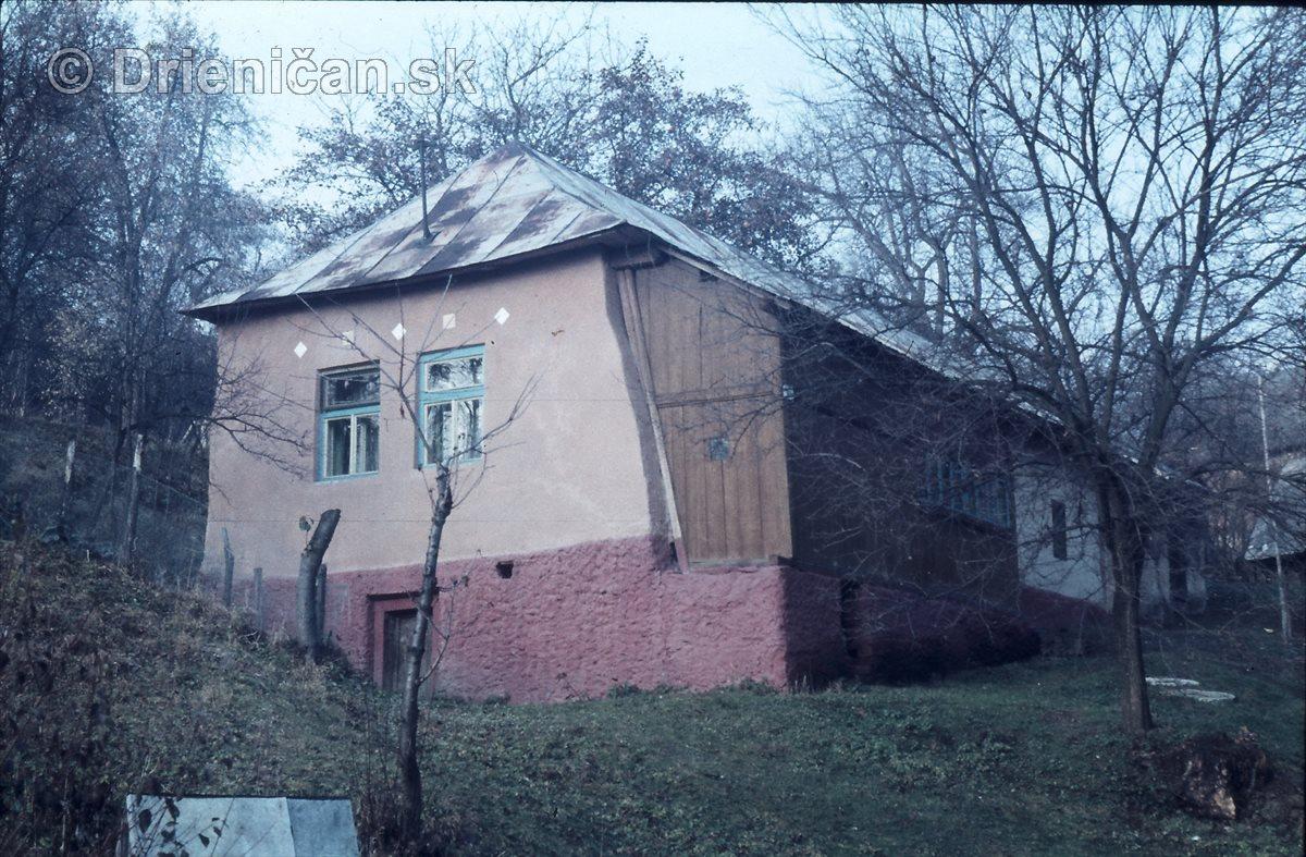 Stara chiža s verandu