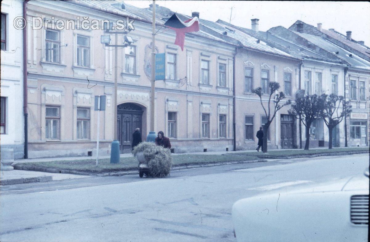 Československá zástava.
